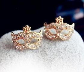 Fashion Mask Rivet Flower Stud Earring