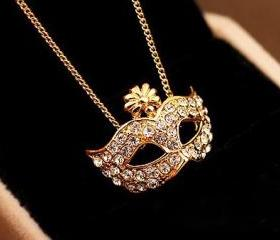 Fashion Mask Retro Palace Drill Rhinestone Necklace